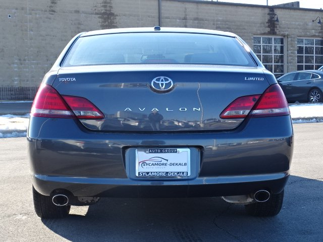 Pre-Owned 2009 Toyota Avalon Limited